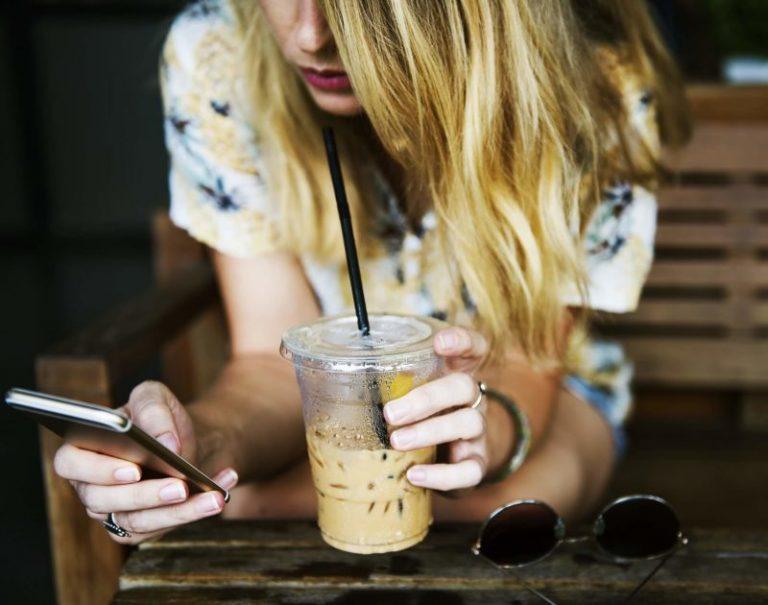 Pourquoi sommes-nous addicts aux réseaux sociaux ?
